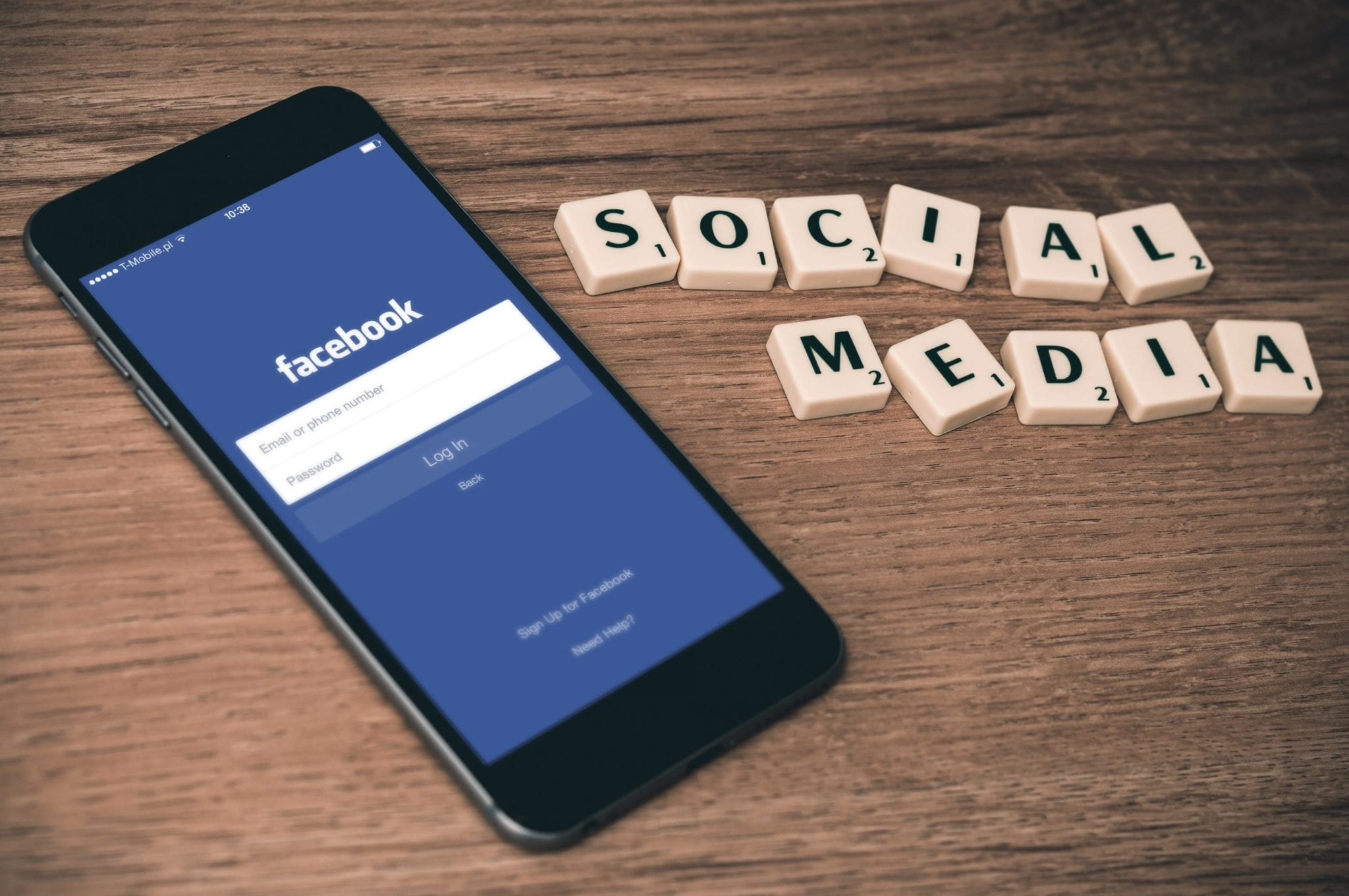 12 Tips for Building a Better Social Media Presence